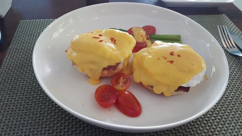 Eggs Benedict Bacon