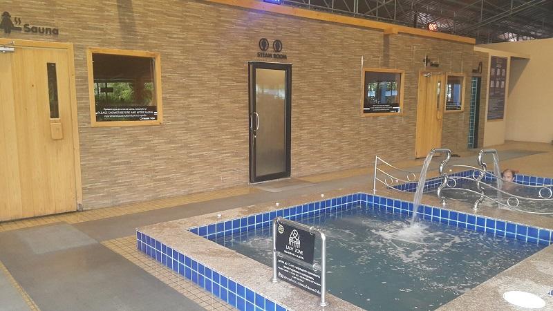4 Kings Sauna Cold Pools