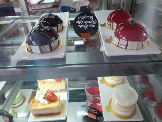 Cakes Mmmm!